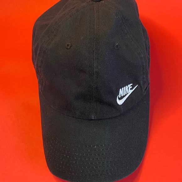 Nike Heritage86 one size in excellent condition